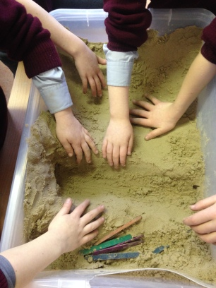 Sand - creating the moon's surface